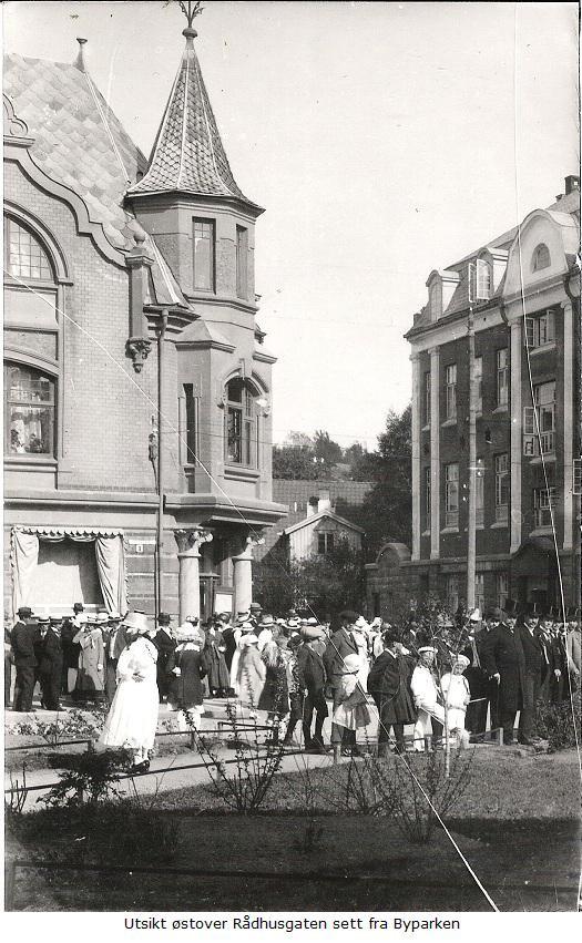 Bilde av Stor begivenhet ved Byparken