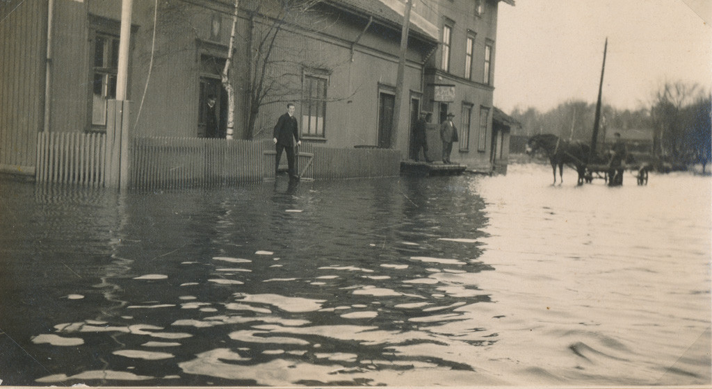 Bilde av Oversvømmelse på brygga/Thor Dahls gate