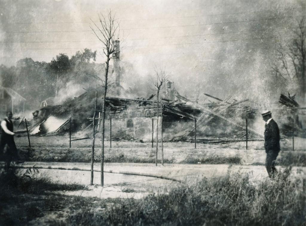 Bilde av Sande Skole i Sandarveien