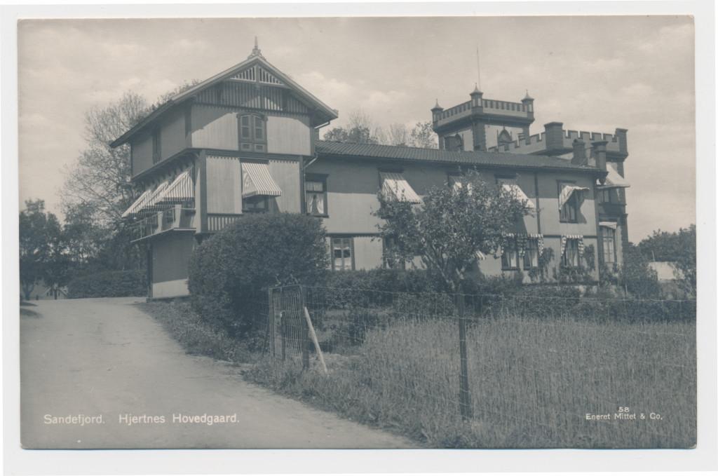 Bilde av Hjertnes Hovedgård.