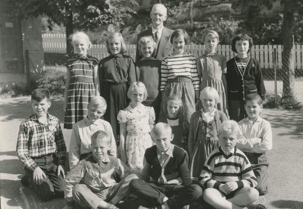 Bilde av 1958 klasse 5