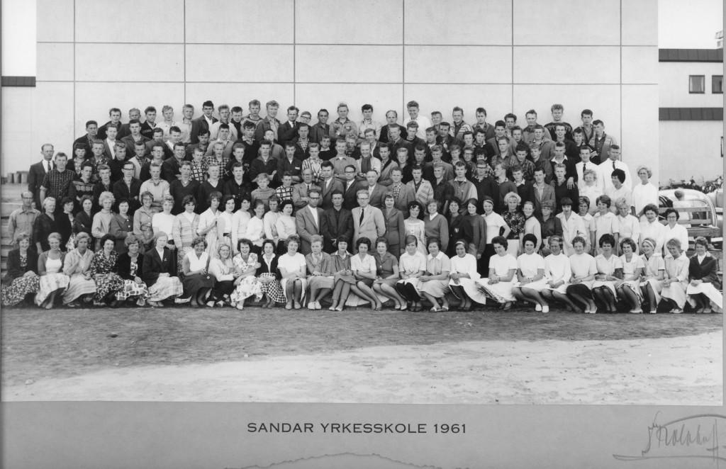 Bilde av Sandar Yrkesskole 1961