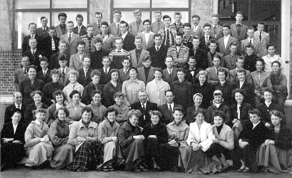 Bilde av Sandar Yrkesskole - 1955/56