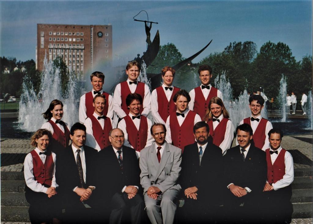 Bilde av Servitør 1993 klasse 14