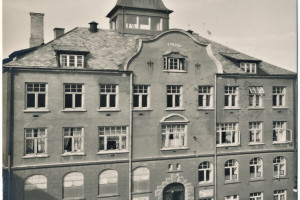 Bilde av Skolebygninger