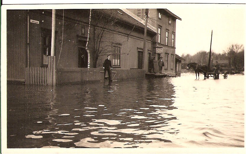 Bilde av Oversvømmelse på Brygga 1921